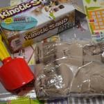 砂の粘土「キネティックサンド」