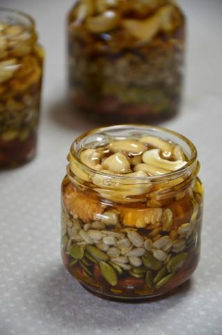素焼きナッツ5種お試しセットで、手作りナッツのはちみつ漬け